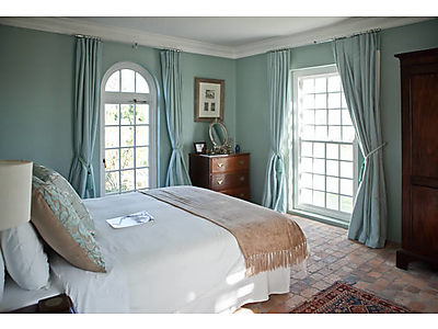 1786_Double-Room.jpg - Hawksmoor House image
